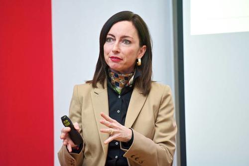 Vortrag Dr. Macedonia